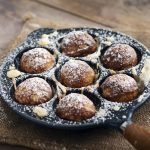 Aebleskivers: i crêpes boules danesi