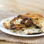 Riz, pommes de terre et moules: paella avec un accent bari