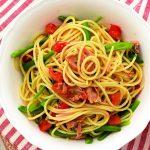 Recette de spaghettis aux haricots verts, tomates et thon
