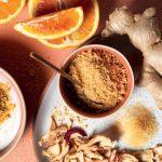 Recette de yaourt avec de la poudre de pomme, du gingembre et du zeste d'orange